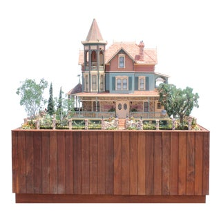 Heritage Museum l.a on S. Calif. Architecture Victorian Doll House & Case For Sale
