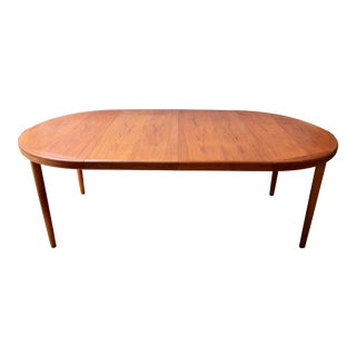 Danish Modern Teak Dining Table With Two Leaves by Vejle Stole & Møbelfabrik For Sale