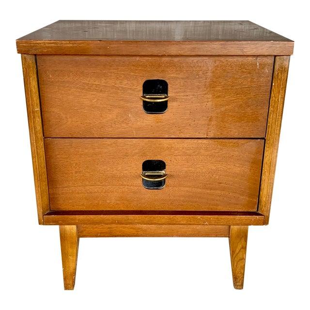 Vintage Mid-Century Modern Nightstand For Sale