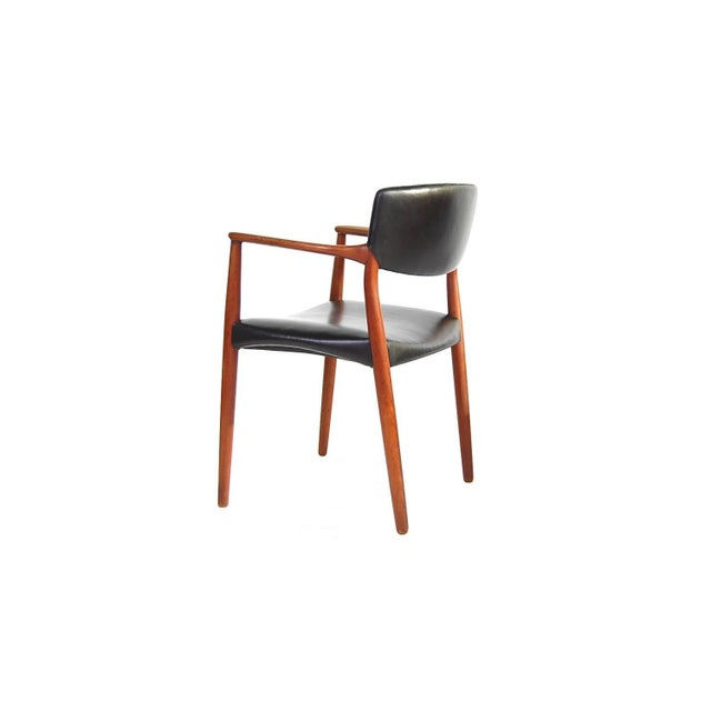 Danish Modern Armchair in Teak and Black Leather by Ejnar Larsen and Aksel Bender Madsen For Sale - Image 3 of 9