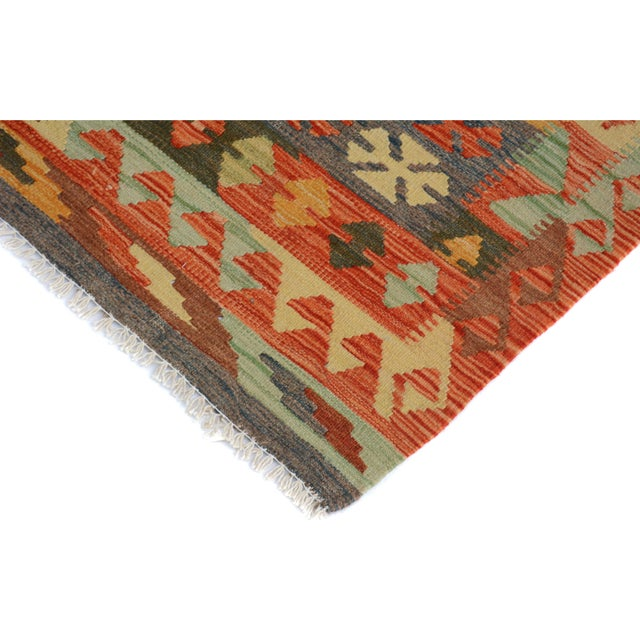 "Folk Art Kilim Arya Edison Red/Green Wool Rug - 5'7"" X 7'10"" For Sale - Image 3 of 6"