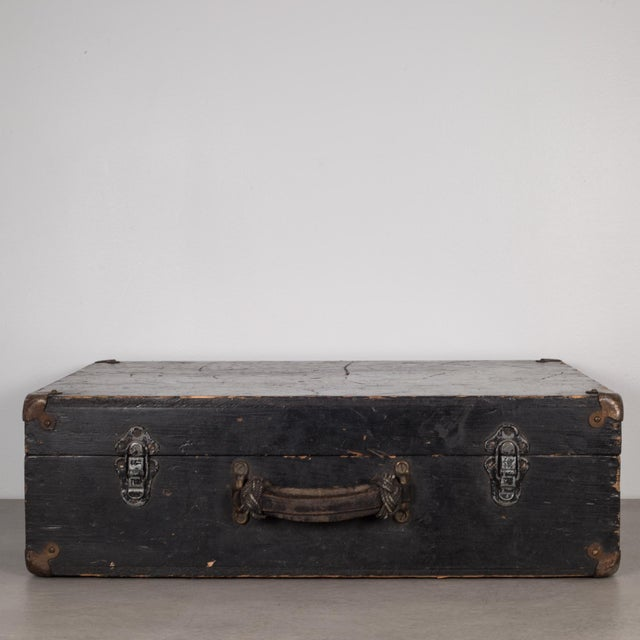 Mid 20th Century Hand Painted United States Navy Construction Mechanic Tool Box C.1940 For Sale - Image 5 of 9