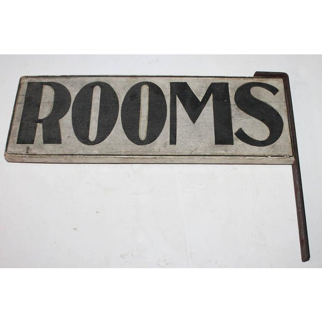 """19th Century Original Painted """"Rooms"""" Sign with Iron Bracket - Image 2 of 5"""