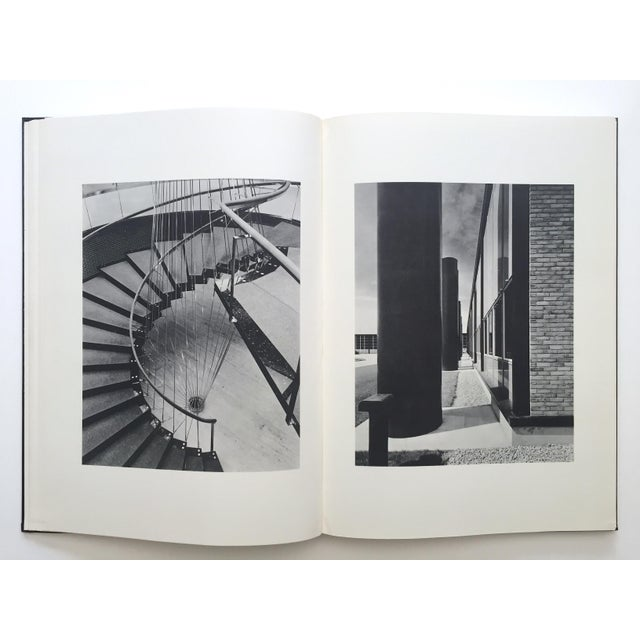 """ Eero Saarinen on His Work "" Rare Vtg 1968 Collector's Slipcase Large Hardcover Mid Century Modernism Architecture Book For Sale In Kansas City - Image 6 of 13"