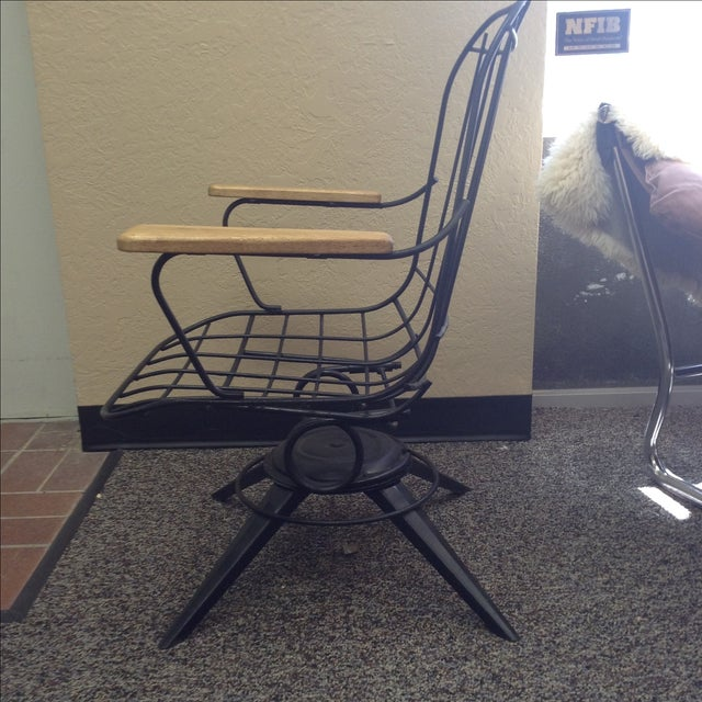 Eames Era Wire Chair - Image 6 of 7