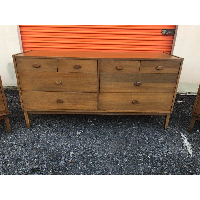 Vintage Mid Century Modern Bedroom Dresser Lowboy For Sale In Philadelphia - Image 6 of 9