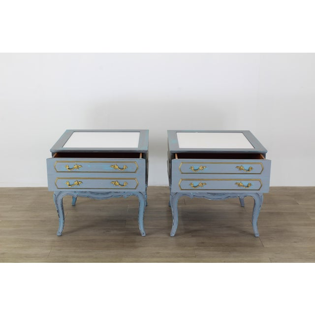 American of Martinsville Mid-Century French Provincial Nightstands, a Pair - Vintage Nightstands - Gray Nightstands - Shabby Chic Nightstand - Blue Nightstans For Sale - Image 4 of 9