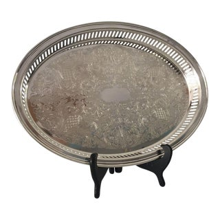 "1980s Traditional Elegant ""Lunt"" Silver Plated Oval Tray"
