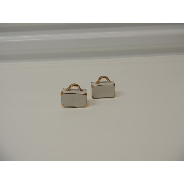 Pair of White and Gold Bisque Porcelain Trendy Handbags Salt & Pepper Shakers For Sale In Miami - Image 6 of 6