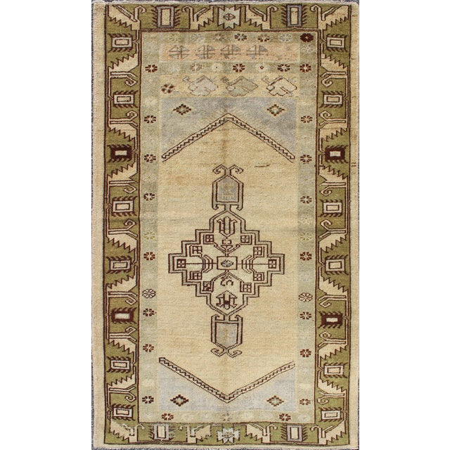1940's Vintage Turkish Tribal Oushak Rug in Green, Cream and Light Blue - 3′5″ × 6′2″ For Sale In Atlanta - Image 6 of 6