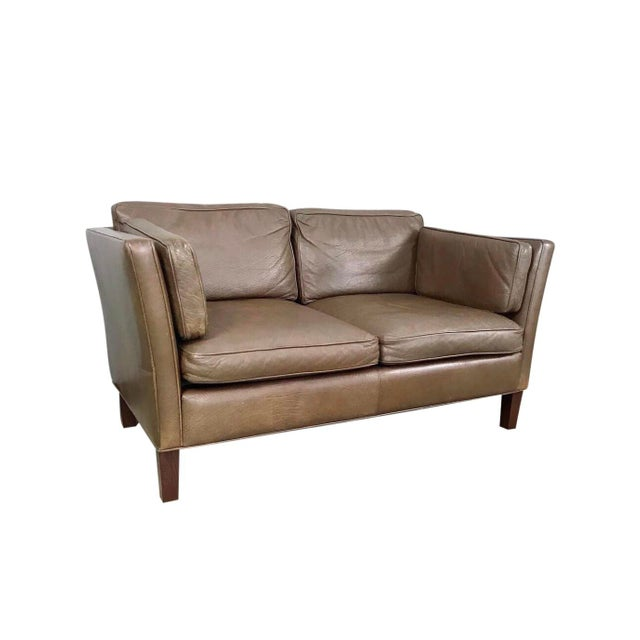 Danish Modern Leather Loveseat in the Style of Børge Mogensen For Sale - Image 12 of 12
