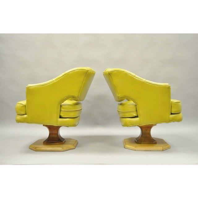 Pair Silver Craft Green Yellow Swivel Club Lounge Chairs Mid Century Modern A For Sale - Image 10 of 12