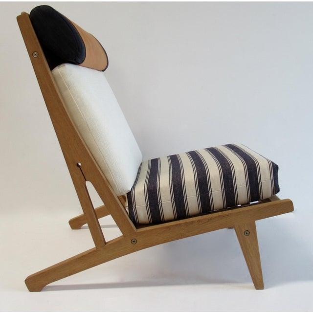 "Wood Circa 1960's Hans J. Wegner Denmark ""Getama"" Lounge Chairs- a Pair For Sale - Image 7 of 13"