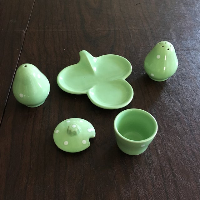Mid-Century Mint Green Salt & Pepper Shaker - Set of 3 + Plate - Image 5 of 8