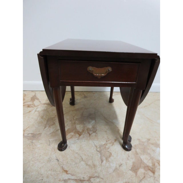 Cherry Queen Anne Gate Leg Drop Leaf Table For Sale - Image 4 of 11