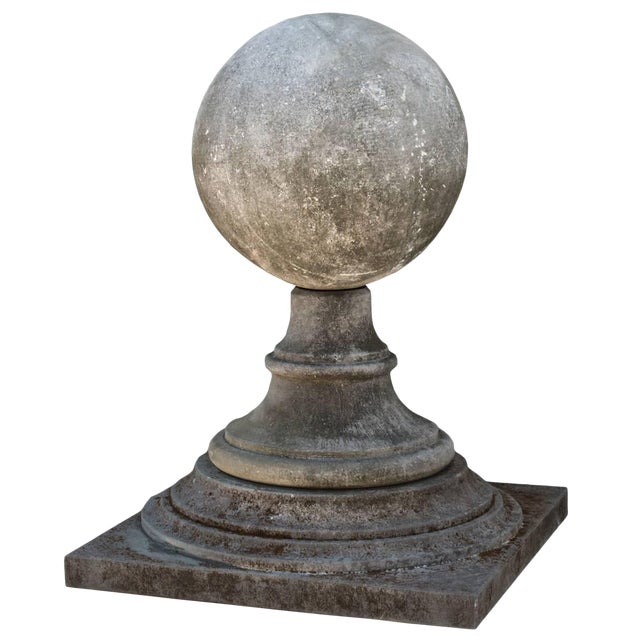 Late 20th Century French Limestone Garden Finial For Sale