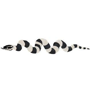 Modern Schumacher Charlap Hyman & Herrero Serpiente Snake Black Natural Abaca Rug - 3′ × 15′ For Sale