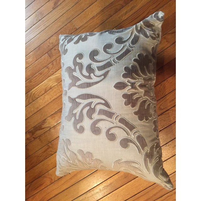 Traditional Linen and Velvet Meet Each Other Pillows - A Pair For Sale - Image 3 of 8
