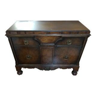 Sligh Vintage Mid-Century Dresser For Sale