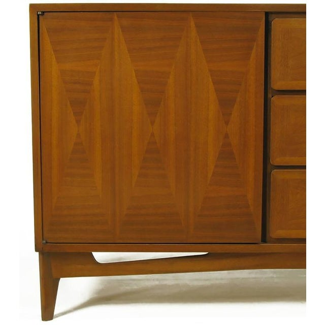 Gold 1950s Red Lion Parquetry Front Mahogany Nine-Drawer Dresser For Sale - Image 8 of 9