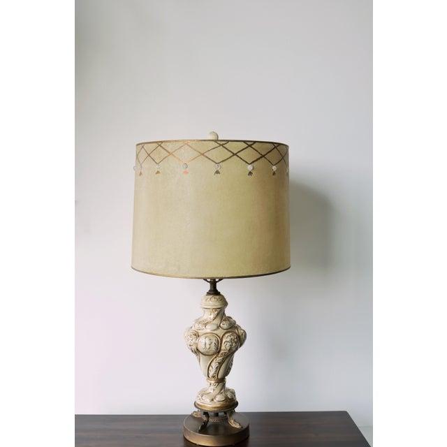 Hollywood Regency Vintage Mid-Century Lamp & Fiberglass Lamp Shade For Sale - Image 3 of 11