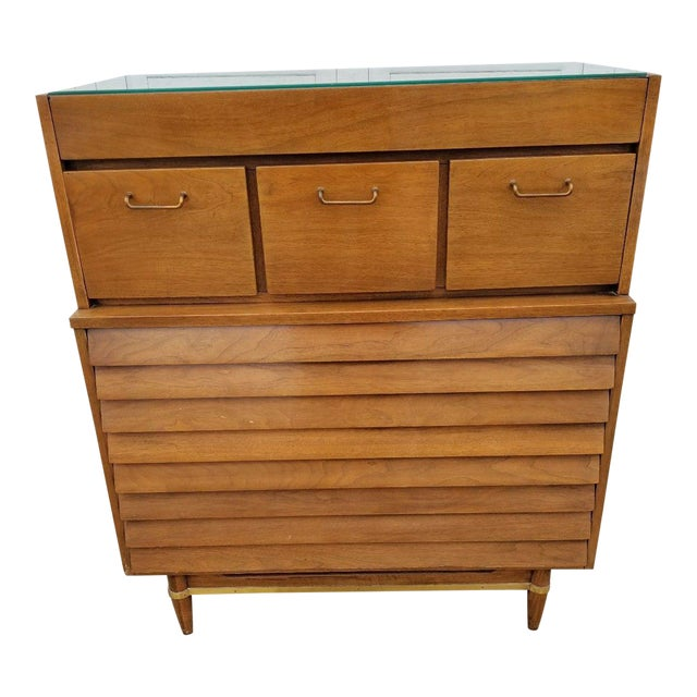 Vintage Merton Gershun for American of Martinsville Mid-Century Modern Chest of Drawers For Sale