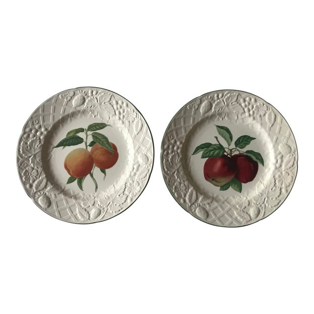 Late 20th Century Vintage Mikasa English Countryside Fruit Plates - A Pair For Sale