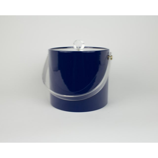 Mid Century Navy Blue and Lucite Ice Bucket - Image 2 of 10