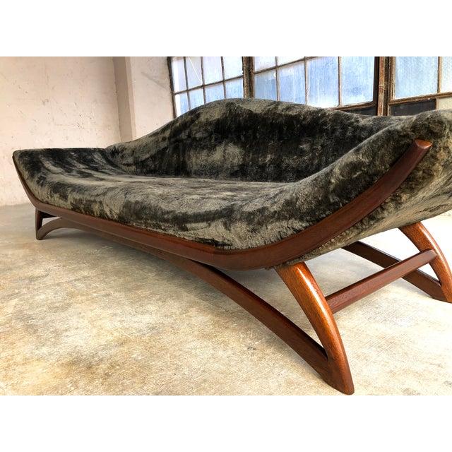 Mid Century Modern Designer Pearsall Style Gondola Sofa Fuzzy Black Velvet For Sale - Image 4 of 10