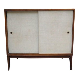 Mid Century Paul McCobb Planner Group Grasscloth Sliding Door Credenza