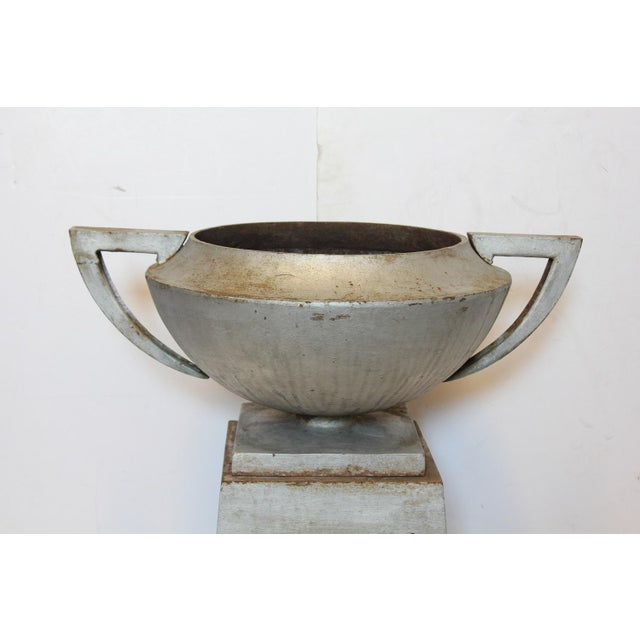 Art Deco Art Deco American Cast Iron Urn With Original Pedestal For Sale - Image 3 of 4