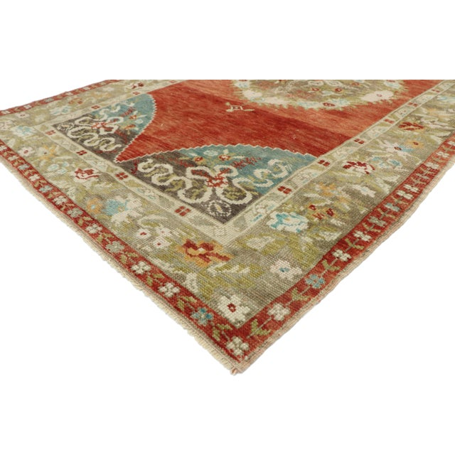 52754 Vintage Turkish Oushak Rug with Romantic Rustic Georgian Style 03'10 x 07'02. This hand knotted wool vintage Turkish...