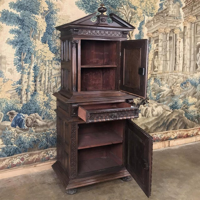 19th Century Louis XIII French Walnut Two-Tiered Cabinet For Sale - Image 4 of 13
