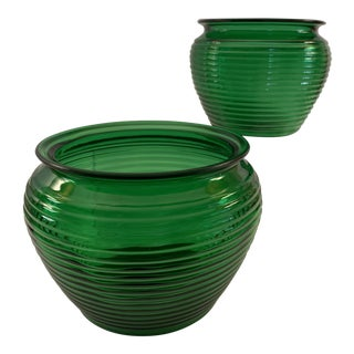 20th Century Contemporary National Potteries Emerald Green Glass Ribbed Beehive Decorative Vases - a Pair For Sale