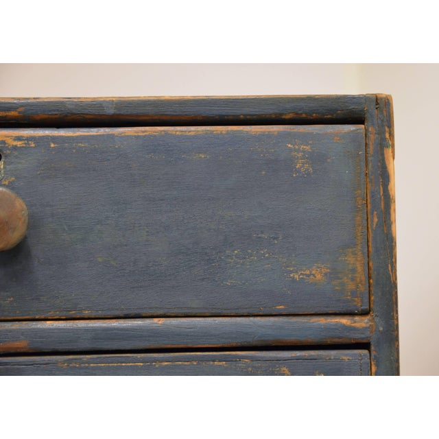 Early 19th Century English Chest of Drawers, Early 19th Century For Sale - Image 5 of 11