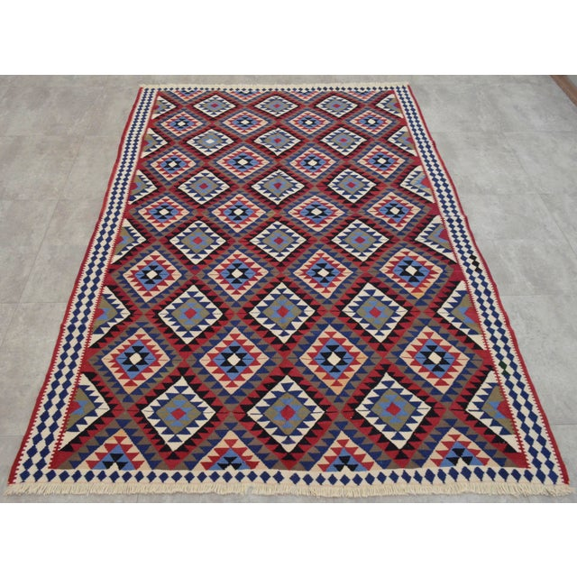 Turkish Kilim Hand-Woven Rug - 4′9″ × 8′2″ - Image 4 of 9
