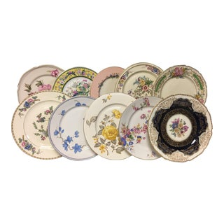 Bright Florals Mixed Vintage Dinner Plates Set 10 For Sale