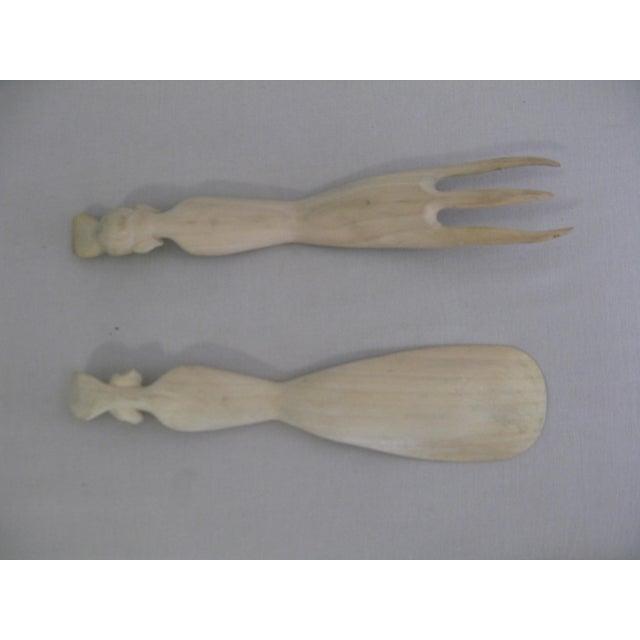 Vintage Hand Carved Wood Indonesian Salad Fork + Spoon Serving Set For Sale - Image 11 of 12