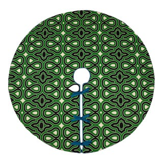 Contemporary Black and Green Locking Keys Patterned Tree Skirt For Sale
