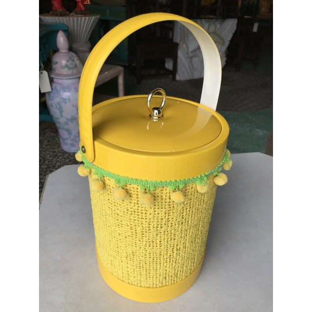 1970s Vintage Mid-Century Modern Yellow Fringed Ice Bucket For Sale - Image 5 of 10