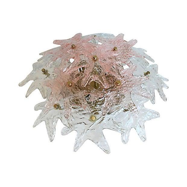 Large 1970s Murano glass ceiling mount chandelier/plafonnier by Zero Quattro featuring thirteen handblown textured...