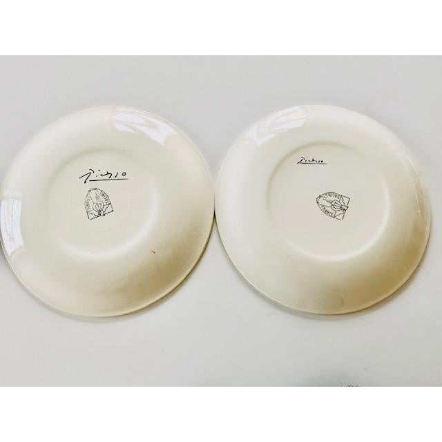 1960s 1960s Picasso Plates From Dove of Peace Series - a Pair For Sale - Image 5 of 8