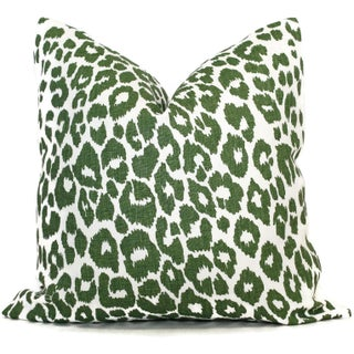 "20"" x 20"" Schumacher Leopard in Green Decorative Pillow Cover Preview"