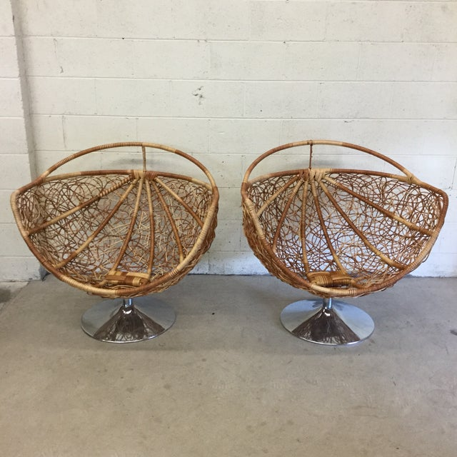 Wicker & Chrome Tulip Base Pod Lounge Chairs - a Pair For Sale In Richmond - Image 6 of 13
