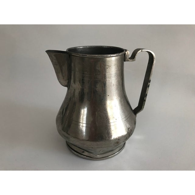 Very Good Condition, Vintage , Antique , Used, Original Condition Unaltered, Some Imperfections.It is used as a carafe in...