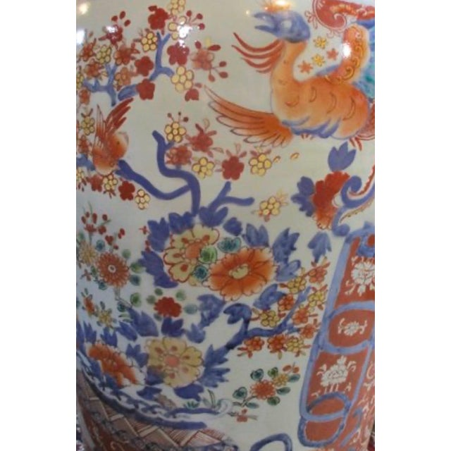 Red Japanese Imari Porcelain Covered Jars - a Pair For Sale - Image 8 of 12