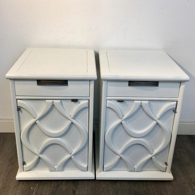 Pair of Moderage Sculptural Parzinger White Lacquered King Size Nightstands For Sale - Image 10 of 13