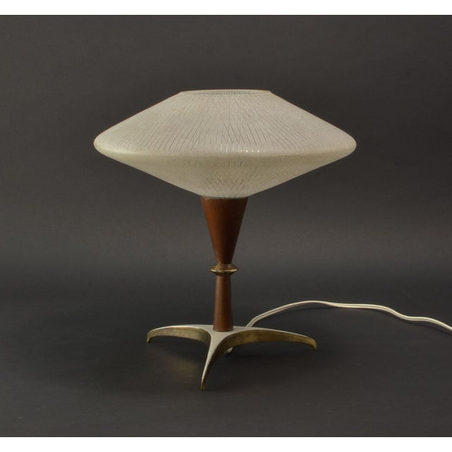 Brass Mid-Century Design Decorative Atomic Tripod Teak Brass Glass Table Lamp by Phillips, 1950s For Sale - Image 7 of 8