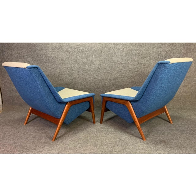 "Blue Pair of Vintage Scandinavian Modern Teak ""Profil"" Lounge Chairs by Folke Ohlsson for Dux of Sweden. For Sale - Image 8 of 11"