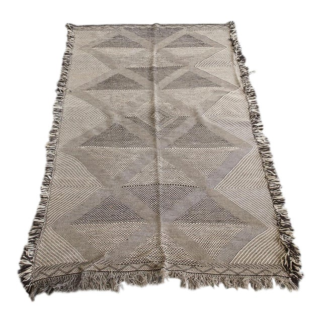 Double-Sided Natural Wool Zanafi Flat-Woven Moroccan Rug For Sale
